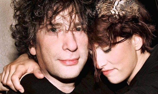 Neil Gaiman and Amanda Palmer.