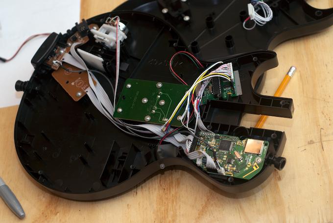 Guitar Zero Installed Into Les Paul Controller