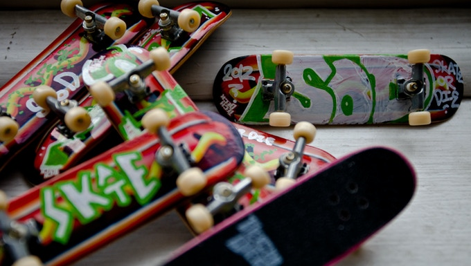 """$15 Incentive - Hand Customized, """"Chicago-Style Hot Dog"""" Tech-Deck"""