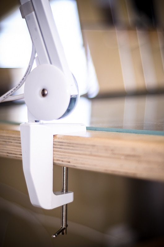 WHITE color coded table clamp