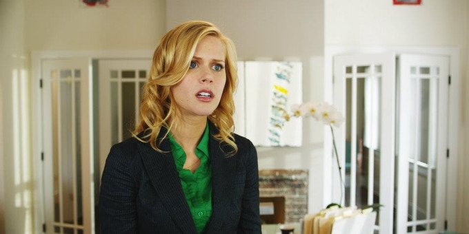Janet Varney as Mary Best