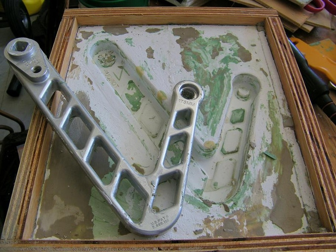 NEW MOLD INCORPORATING LADDER STRUCTURE