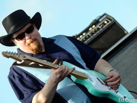 Tom Holland - guitar & vocals