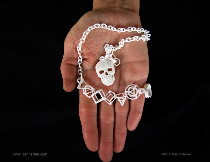 use as a pendant, keychain, necklace, bracelet, etc. (click to view in 3D)