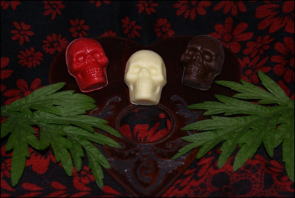 $65 Reward Tier: Talismanic Artisanal Dark/Red/White Chocolate Skulls Infused With Homemade Mugwort Oil and Organic Rose Essence, plus digital downloads and a set of postcards. (Photo: M.S. leDespencer)
