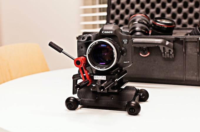 IFLOW wih a 50mm Carl Zeiss Lens.