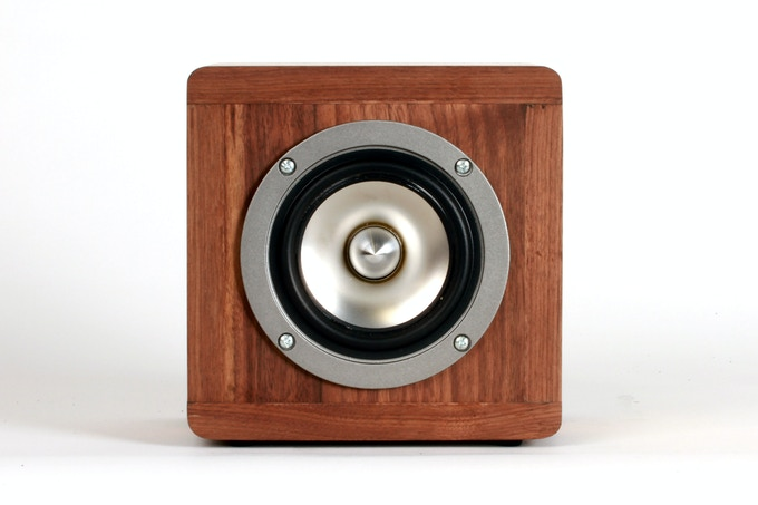 BlueTube Speaker Front