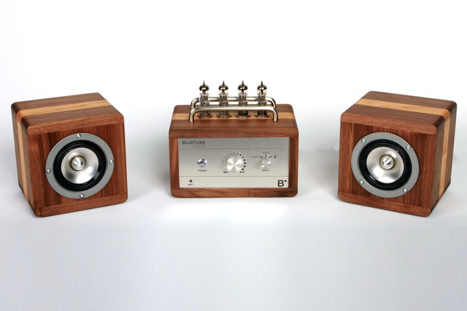 A Vacuum Tube Amplifier With Built In Bluetooth By