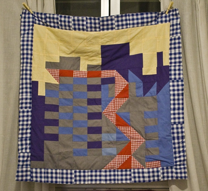 Edna Gee, «Progress and development», 2012,  three blankets, 120 x 120 cm each