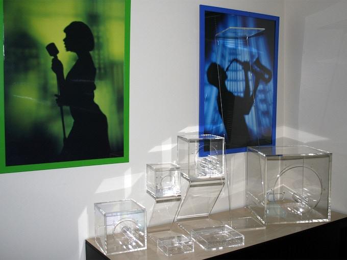 Acrylic enclosures & Z-stands - an edge light fantastic!