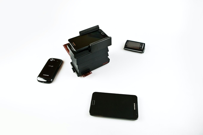 In addition to working with all iPhone models, the Smartphone Film Scanner works with most Android phones too