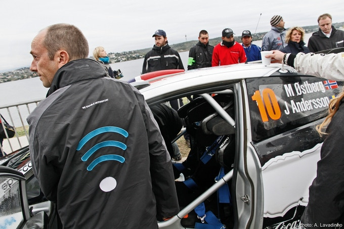 S1Tec's Jack Clark downloading the Media Data from Mads Østberg's car.