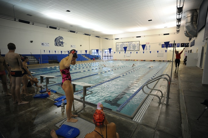 Stars Practice inside at Grandview Pool