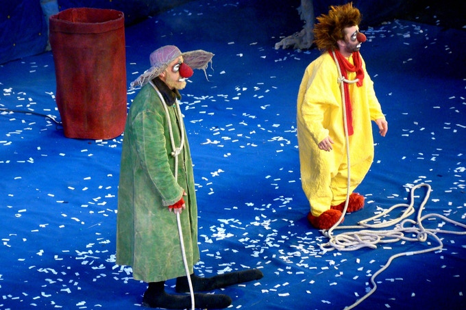 Jef Johnson (wearing the nose) as the green clown & Artem Zhimo as the yellow clown performing in Slava's Snowshow