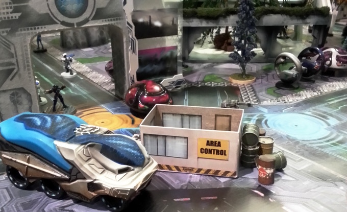 Control Station with Uitility vehicle and pod car (monobikes in back)  papercraft by tommygun.