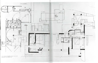 E1027 Plan - upper and ground floors, entrance, and roof terrace.