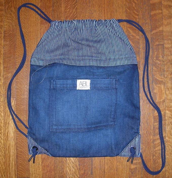 BACKPACK/WHEELCHAIR BAG