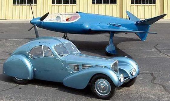 Ettore Bugatti's Type 57 Atlantic and the 100P (EAA Photo)