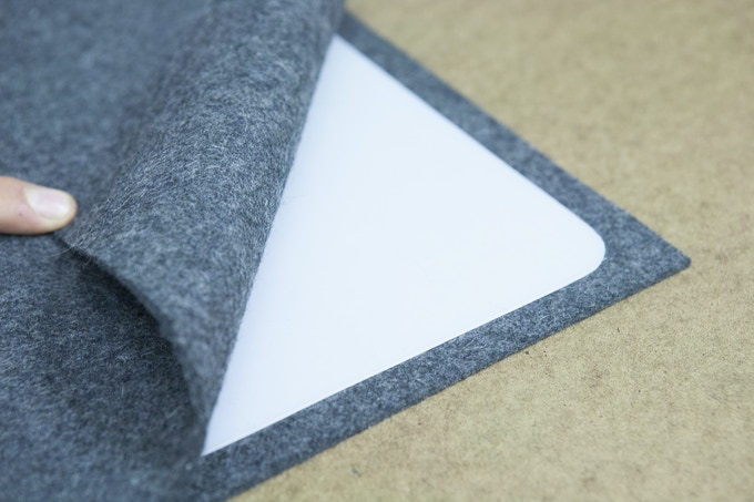 The High Density Polyethylene Liner between the two layers of pressed wool felt. (Only in Hard Shell Aurora Case)
