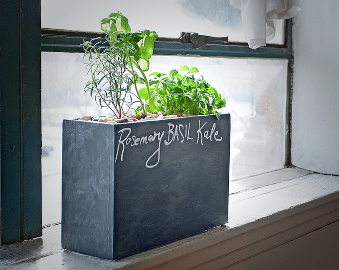 attractive hydroponic planter for herbs produce flowers by modern sprout kickstarter. Black Bedroom Furniture Sets. Home Design Ideas