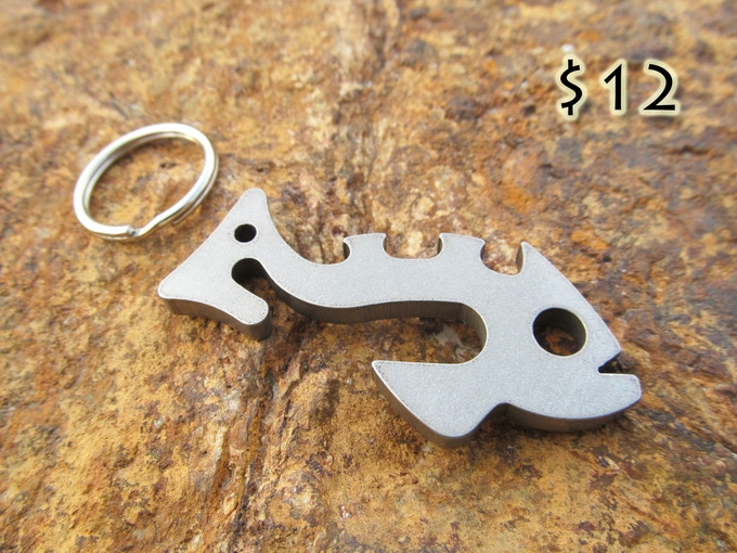 Piranha in your pocket: One (1) Piranha in 304 Stainless Steel w/ keyring.
