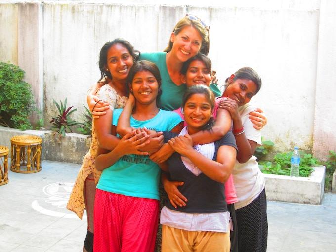 Kolkata Sanved dancers and Sydney Skov.