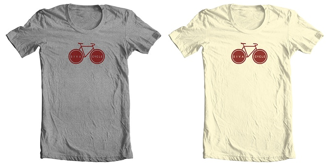 T-shirt available in grey or off-white