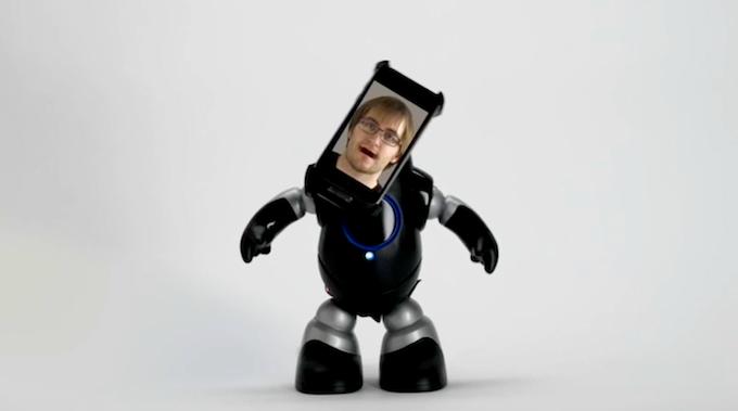 """""""Look at me, I am a robot !"""""""