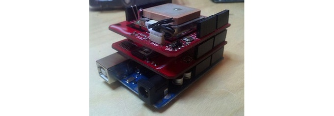 Other Arduino compatible GPS Loggers use large, cumbersome shields, bulky external power sources and low quality single sided GPS antennas.