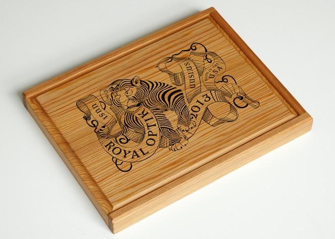 Commemorative Royal Optik Six Deck Box