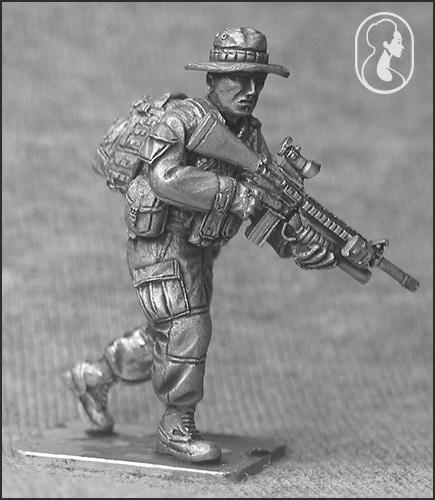 USMC Advancing