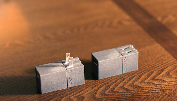 The wall prongs can be conveniently folded into the body when not in use