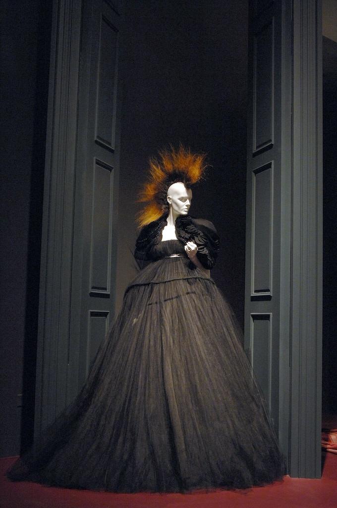 Gothic: Dark Glamour (Fall '08-Winter '09)