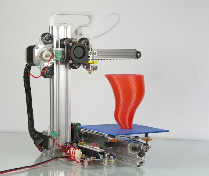 "Bukito prints 5""x6""x5"" (150 cubic inches)"