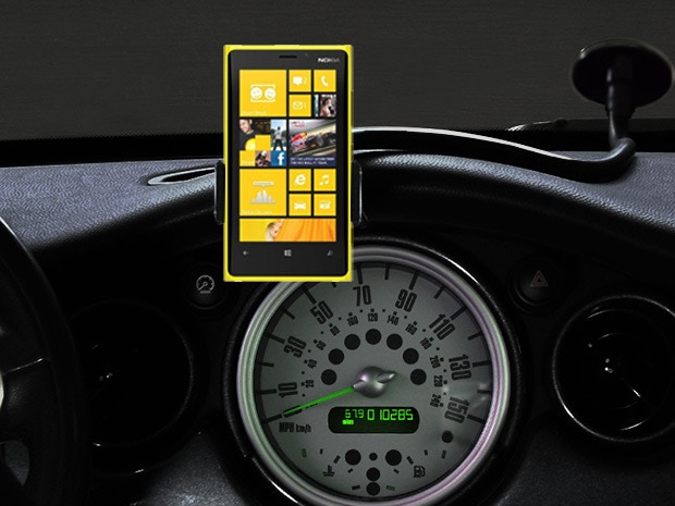 CelGo can adjust for almost any phone or device. (Depicted here with the Nokia Lumia 810)