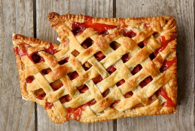 Strawberry-Rhubarb Washington Pie