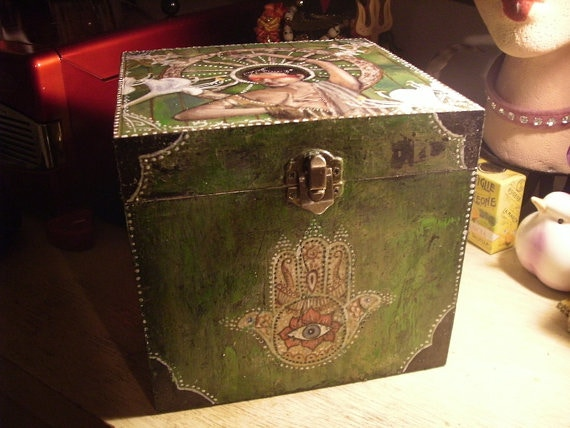 An example of one of Katelan Foisy's spirit boxes, not the exact item you will receive