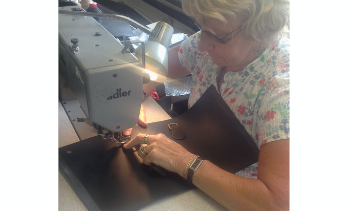 Margaret stitching a Buckitt bag