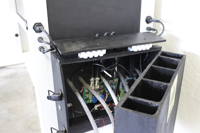 Feed and Control Module Tank View