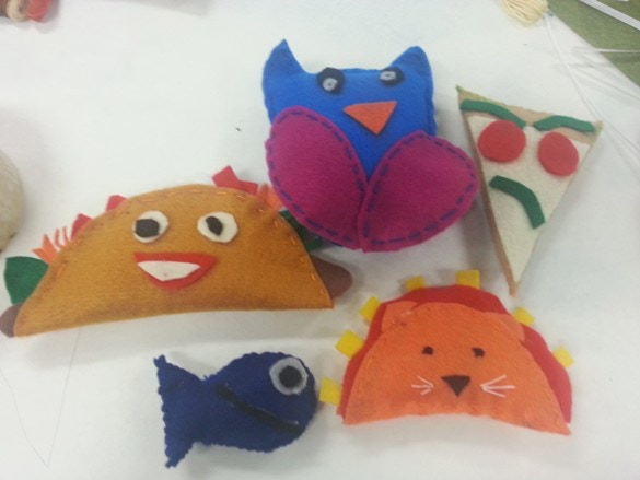 Make Your Own Pet Toy!