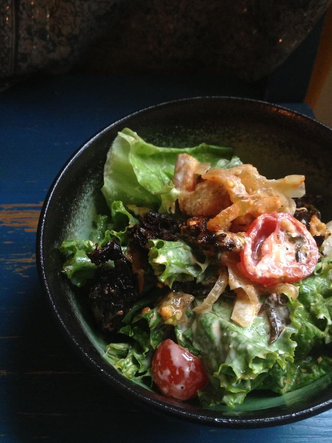 Vegan DLT Salad (Dulse, Lettuce, Tomato)