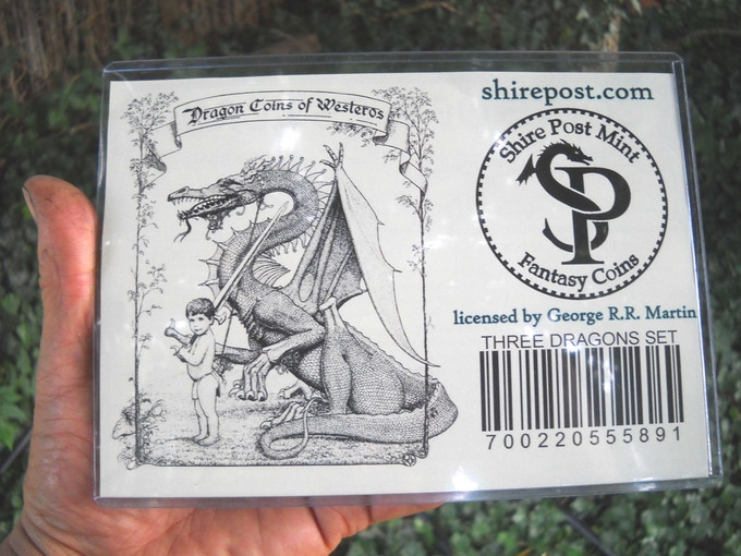 Dragon set in sleeve, reverse side with graphics