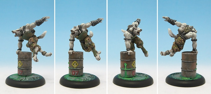 Painted metal Blitzhund from 1st edition