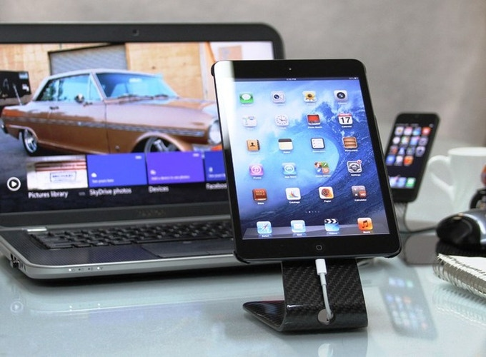 """The """"patent pending"""" Stealth FS Carbon Fiber stands work with virtually all tablets with a smooth flat back-side."""