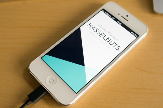 HASSELNUTS App.