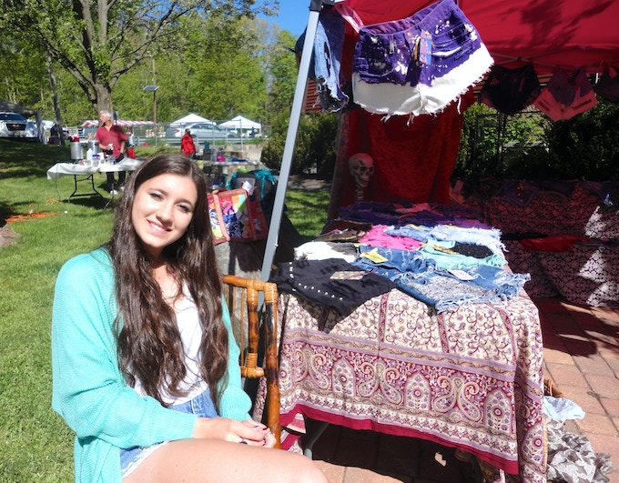 Sophia working her first fair. Thanks to her friends for shopping that day!