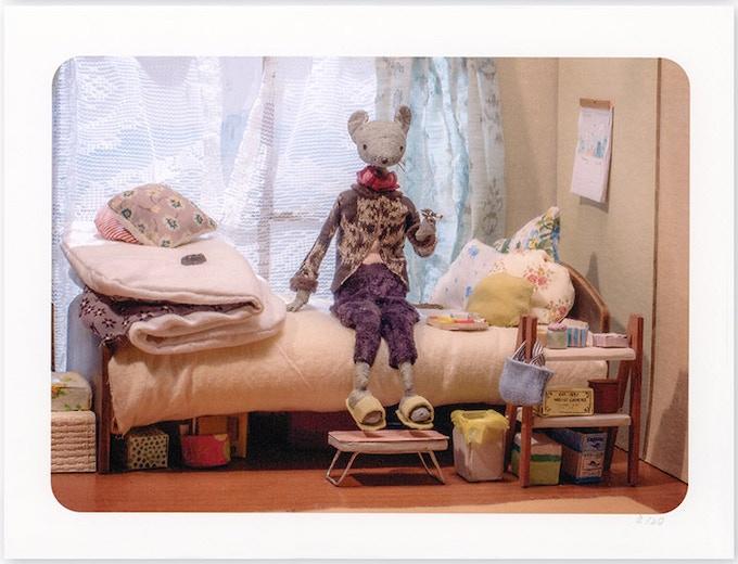 HIROKO loves drinking coffee out of fancy tea cups, ramen, shopping, listening to Glen miller and Ichiro Fujiyama.