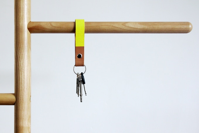 Camerino Keyring in natural leather or fluoro yellow.