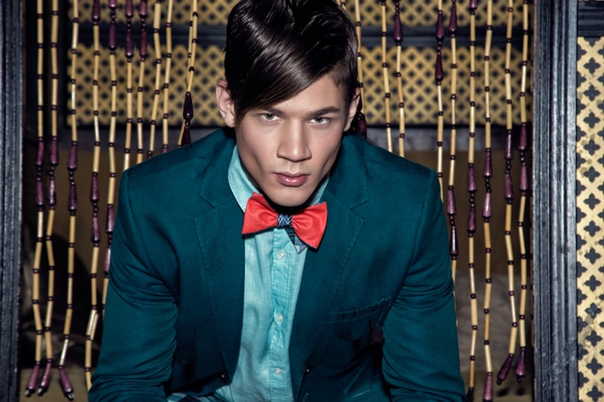 Make an impression with these bow ties. Photo by Machuca Photography.