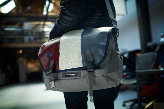 COMMUTE messenger bag - medium size